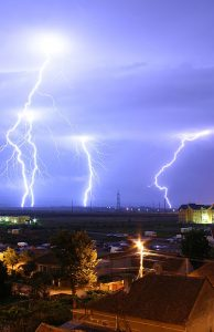 lightning_over_oradea_romania_3